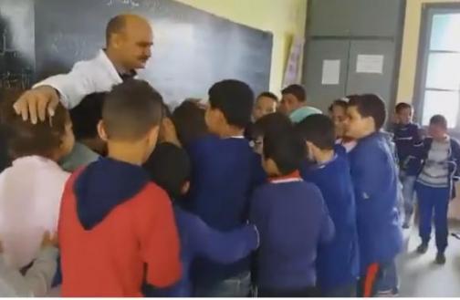 حوار بين الأستاذ وتلاميذه