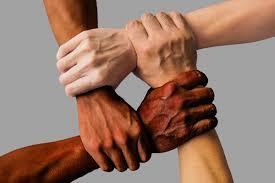 العنصرية